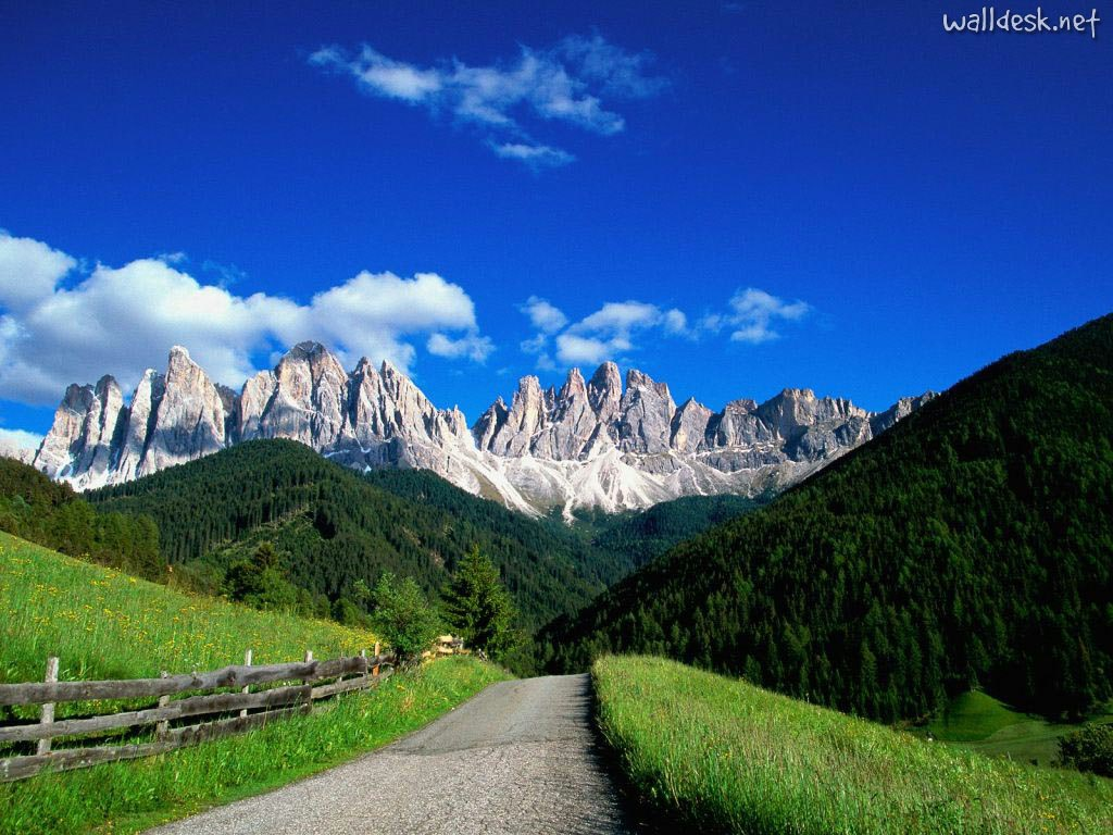 dolomite-mountains-italy