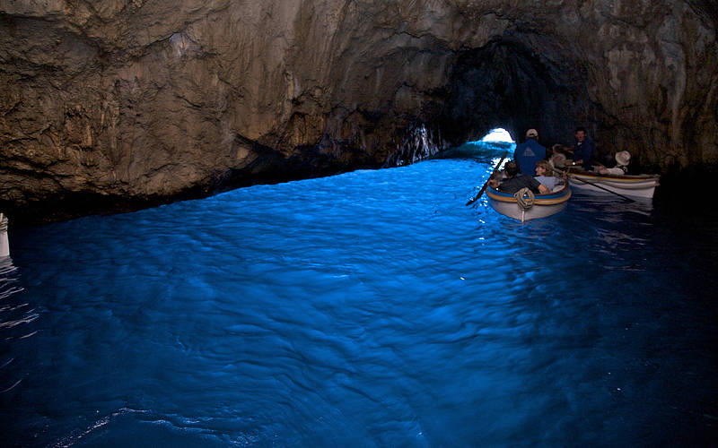 blue grotto cave italy talashme